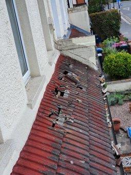 Emergency roof repair during day